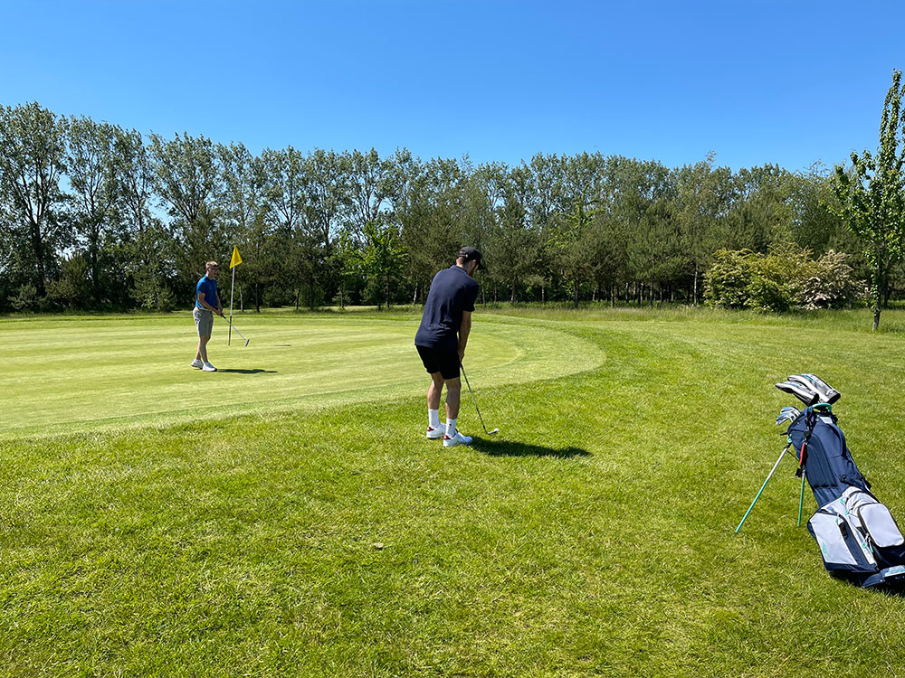 on course playing analysis peter field golf shop
